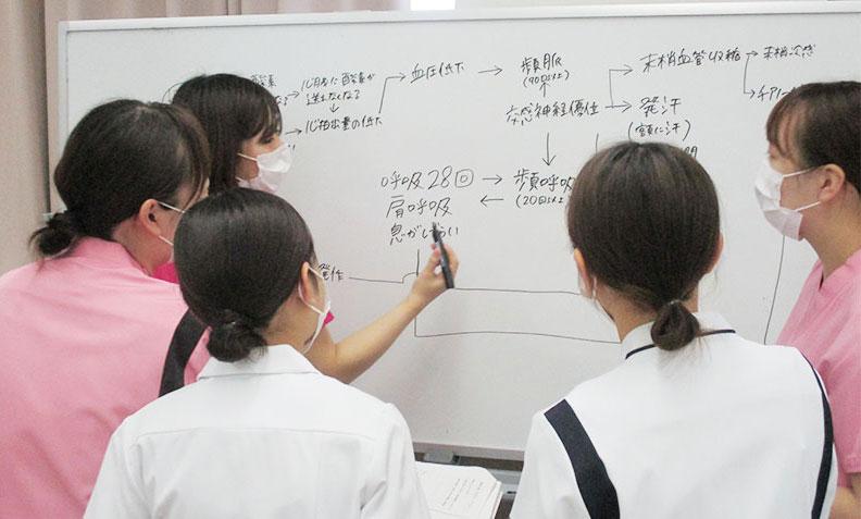 フィジカルアセスメントII研修の風景3